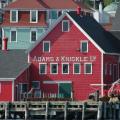 Lunenburg -- Rotes Haus Adams & Knickle