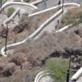 Santorin -- Weg zum Hafen von Fira