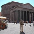 Pantheon -- von außen